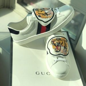 GUCCI Tiger Patch Ace Sneaker